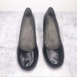 AEROSOLES Black Heels Pumps Comfort Style Size 6.5